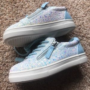 Girls glitter zipper sneakers. Kidpik brand new